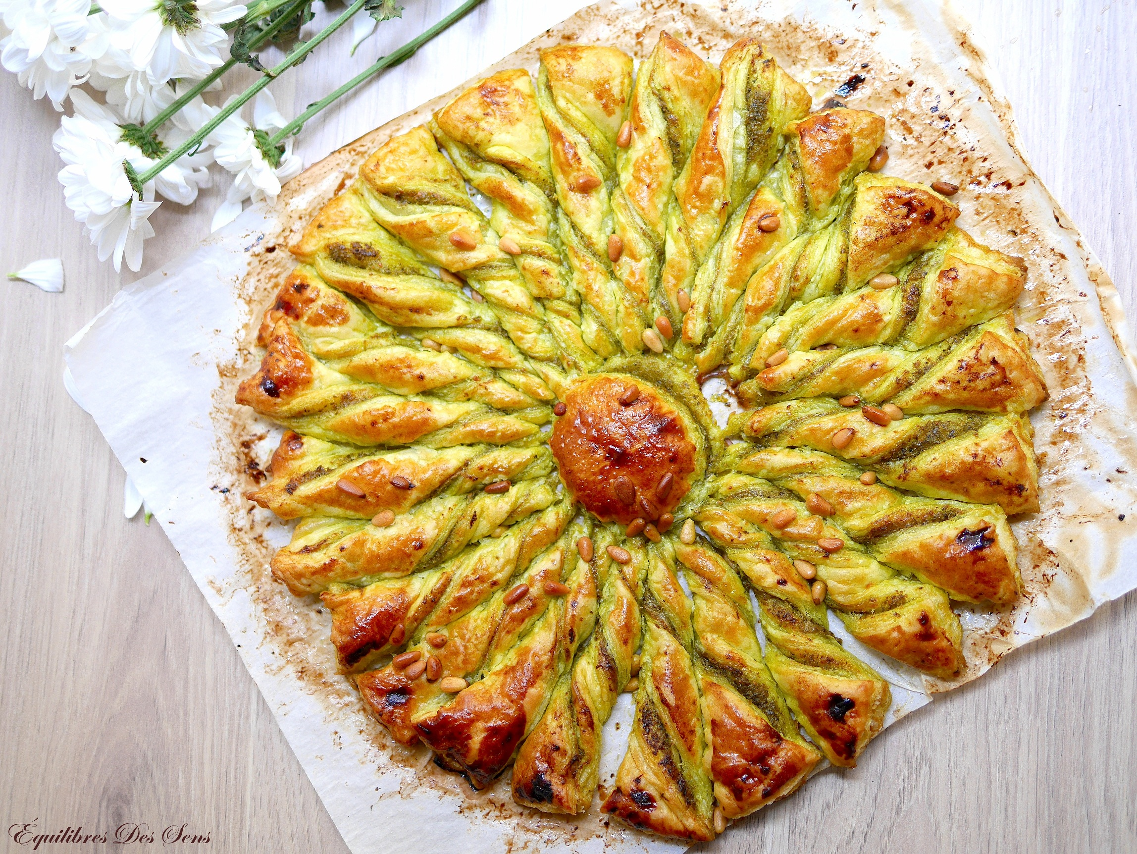 Tarte soleil au pesto pour un apéritif original et savoureux !