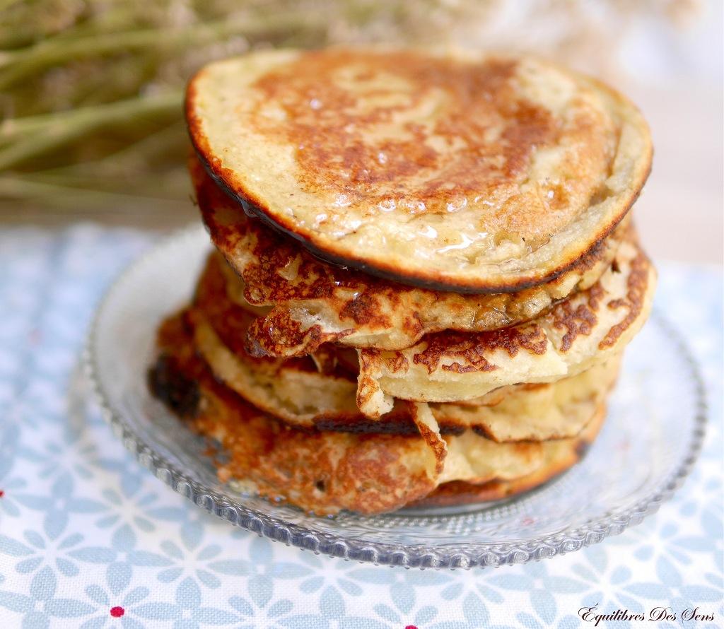 Irrésistibles pancakes à la farine de coco pour un petit déjeuner healthy !