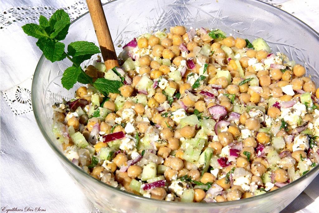 Une salade fraîche, croquante et savoureuse pour vos repas entre amis ou un déjeuner au bureau !