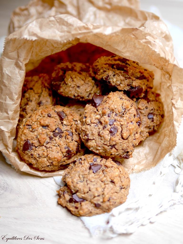 Irrésistibles cookies au chocolat vegan et sans gluten pour un goûter sain & gourmand :-)