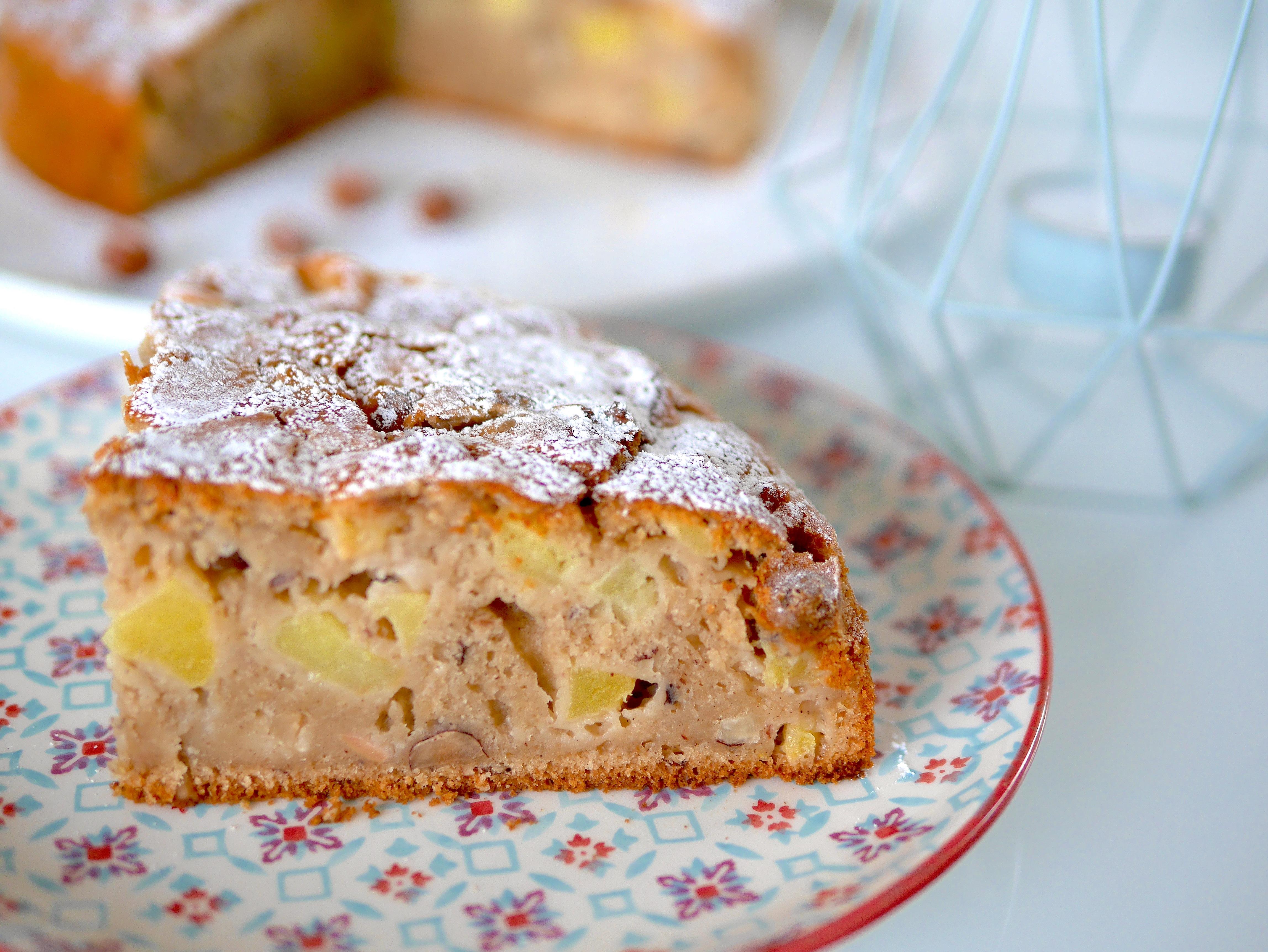 Gâteau moelleux pommes-noisettes vegan et sans gluten !