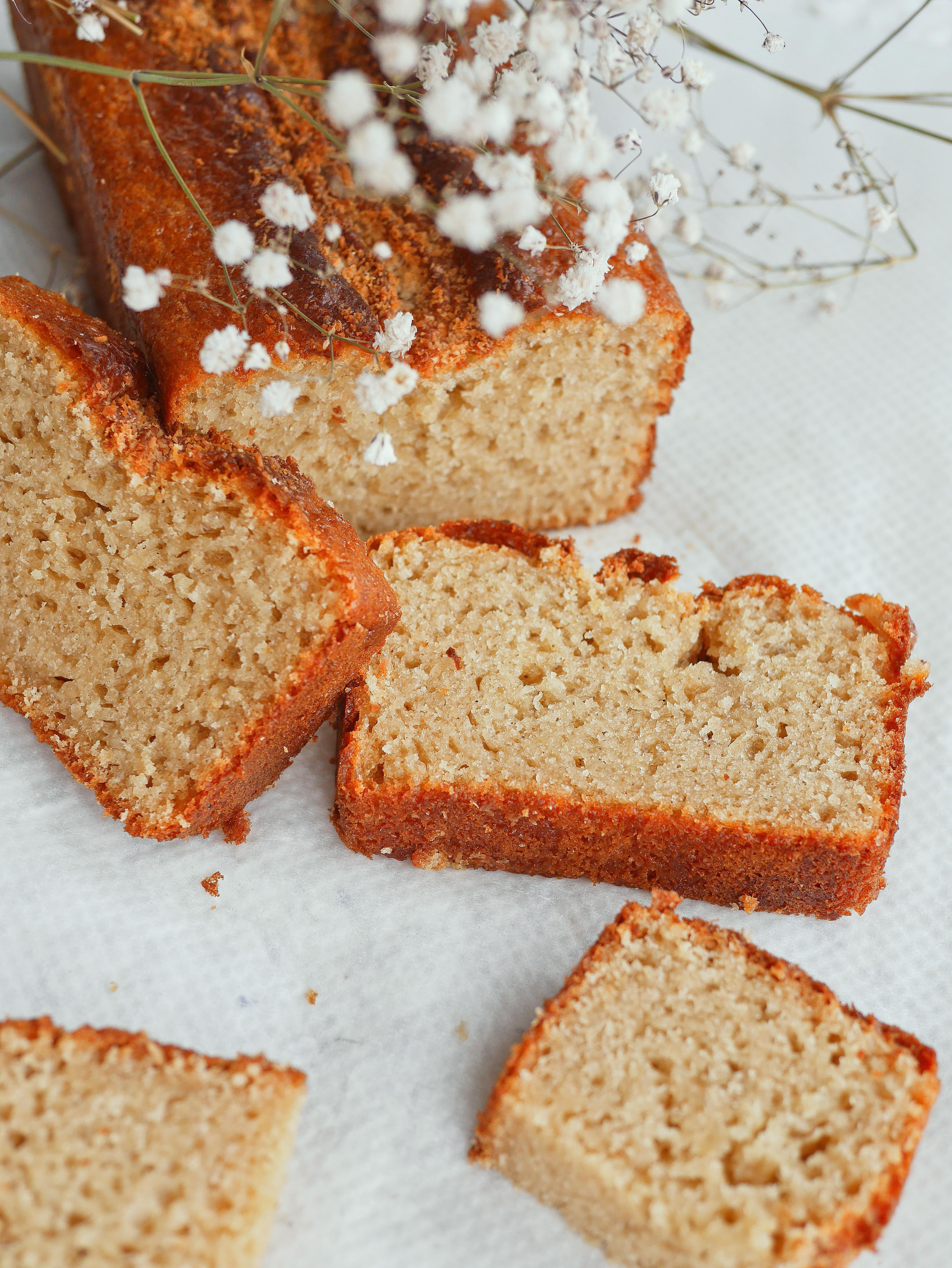 Gâteau au yaourt végétal et sans gluten moelleux et savoureux !