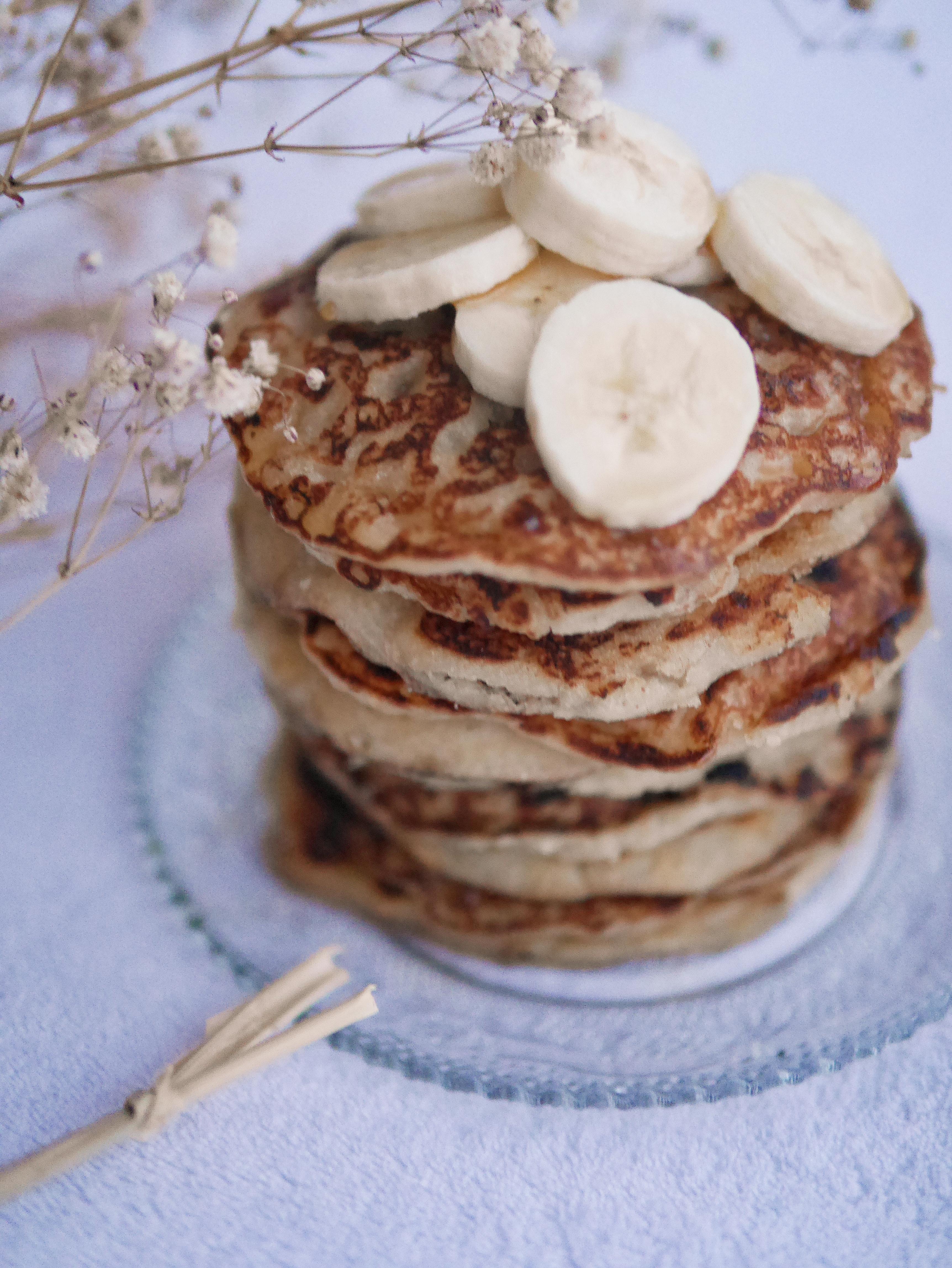 Pancakes moelleux à la banane vegan et sans gluten !